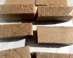 Chunky vanilla and ylang ylang bars