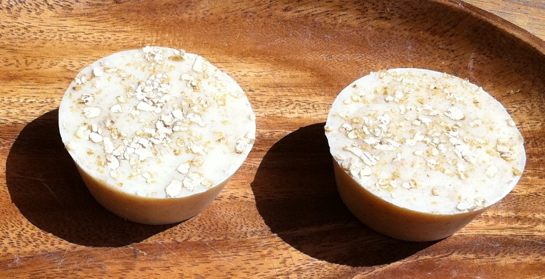 Honey & Oatmeal soap enriched with Coconut Milk_All Natural Soap